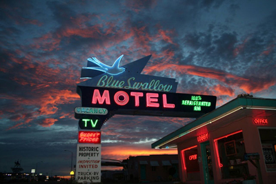 Moving to California from the Midwest? Make it an adventure! Blue Swallow Hotel