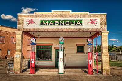 Moving to California from the Midwest? Make it an adventure! Magnolia Gas Station